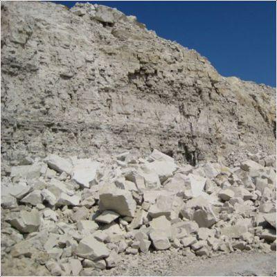 izvestnjak-eto-gornaja-poroda-fizicheskie-svojstva-opisanie-mestorozhdenija-i-foto-kamen-izvestnjak-a14c0e8